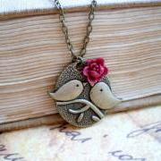 Cute kissing bird bronze pendant - maroon flower rose cabochon