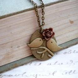 Cute kissing bird bronze pendant - brown flower rose cabochon